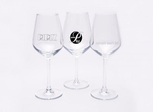 Wijnglazen met logo bedrukt